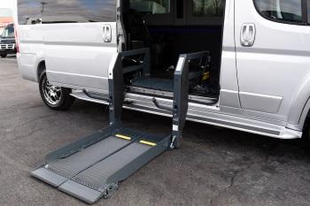 custom mobility vans