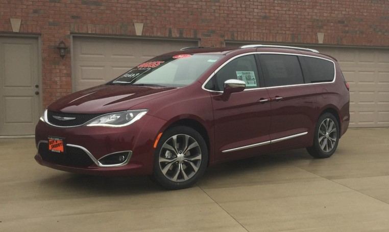 chrysler pacifica mobility vans