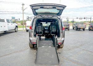 chrysler-voyager-wheelchair-vans-for-sale